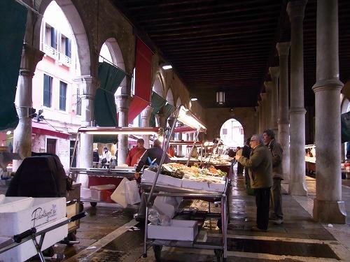 2010.2、べネツィア市場