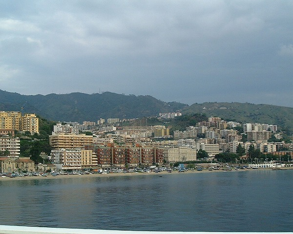 2006秋シチリア南イタリア旅行タオルミーナの街